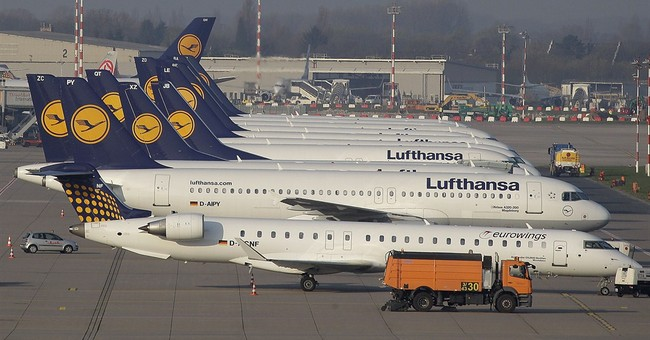 Lufthansa pilots to vote on possible strike