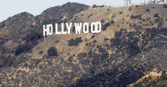 Hollywood Hills searched for murder suspect