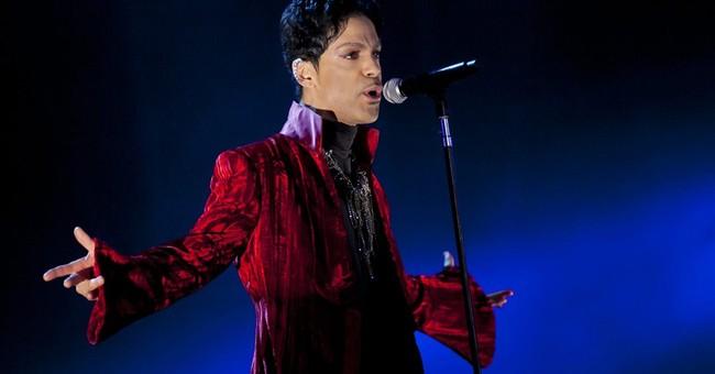 Prince plays London living-room gig