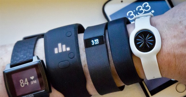 Gift Guide: How to pick the right fitness tracker