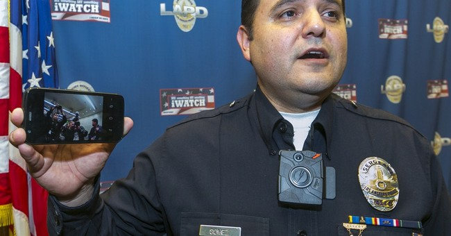 LA mayor plans 7,000 police body cameras in 2015