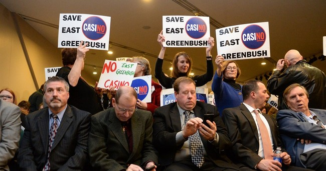 New York panel recommends 3 upstate resort casinos