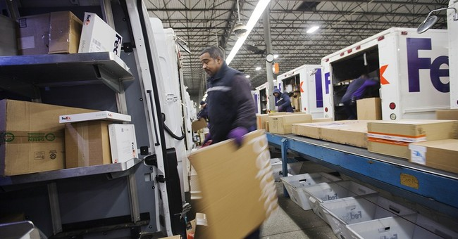 FedEx misses Street 2Q forecasts, but profit jumps 23 pct