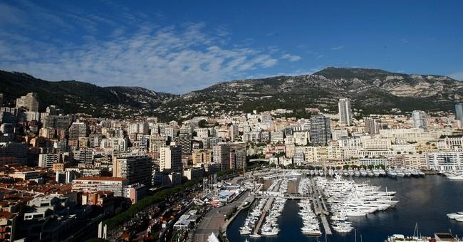 Monaco's Charlene: royal twins born by cesarean