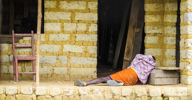 House searches for Ebola in Sierra Leone capital