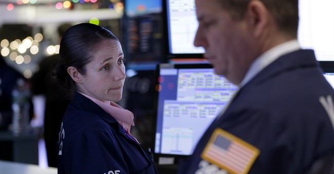 Dow soars 400 points, led by rally in tech sector