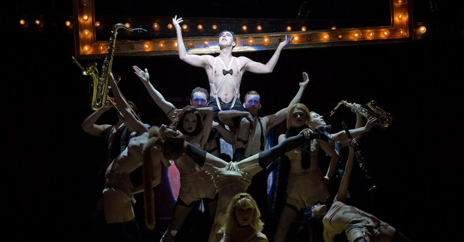 Broadway's 'Cabaret' to go on US tour in 2016