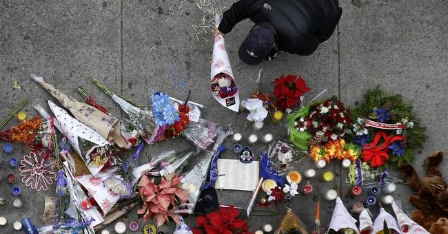 Killings of 2 New York officers trigger backlash
