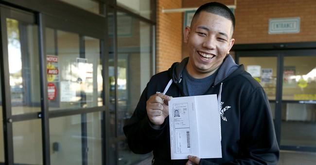 Young immigrants get Arizona driver's licenses