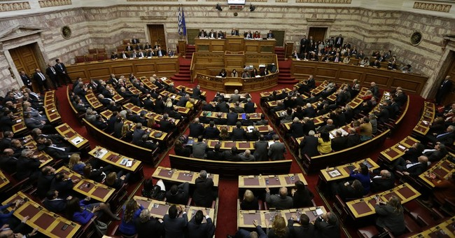 Greek lawmakers fail to elect president in round 2