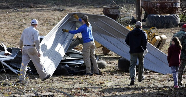 Mississippi towns regroup after deadly storms