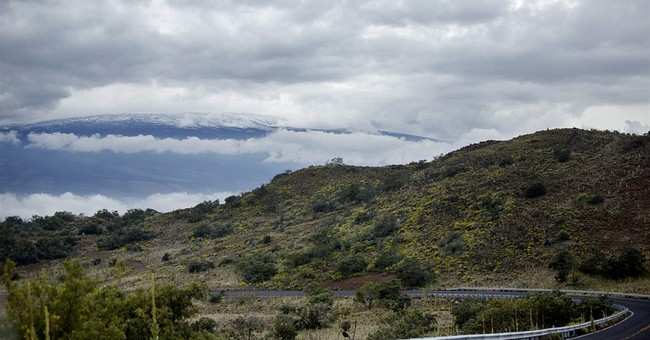 Snow-capped summits give Hawaii a white Christmas