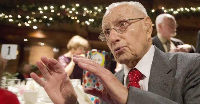 At 101, dedicated union rep is calling it quits