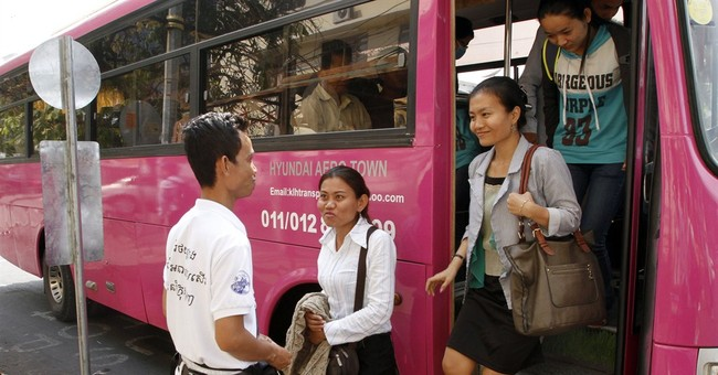 Cambodian capital gets 1st public buses in decade