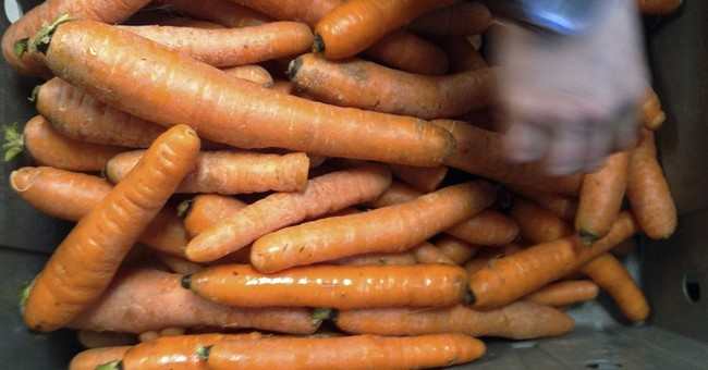 Food hubs link consumers with locally farmed food