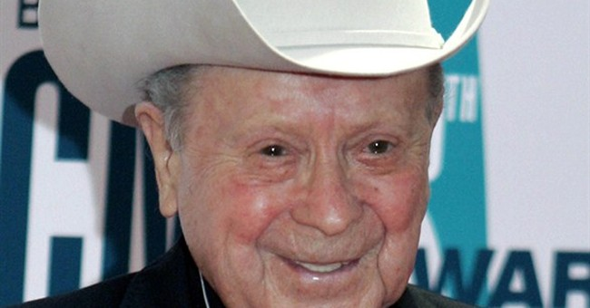 Grand Ole Opry's Little Jimmy Dickens hospitalized