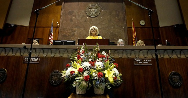 Arizona Gov. Brewer leaving legacy of battling Washington
