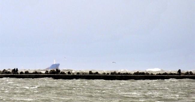 Turkish cargo ship sinks in Adriatic, 2 dead, 4 missing