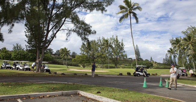 Obama golf game bumps Army couple's wedding spot