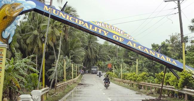 Philippine storm weakens, leaves 53 dead