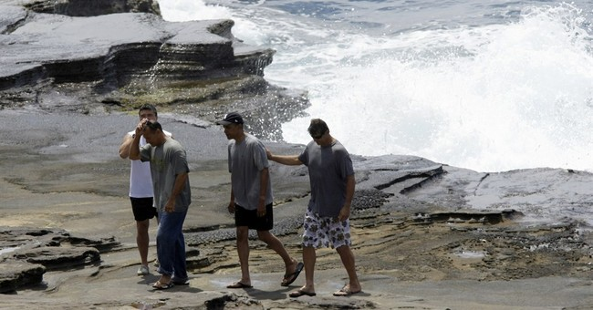 Hawaii vacation reunites Obama and childhood pals