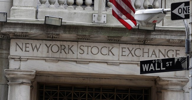 US stocks open slightly higher on last day of 2014