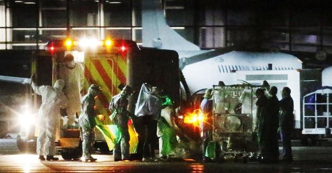 Top UK doctor: Ebola screening should be improved