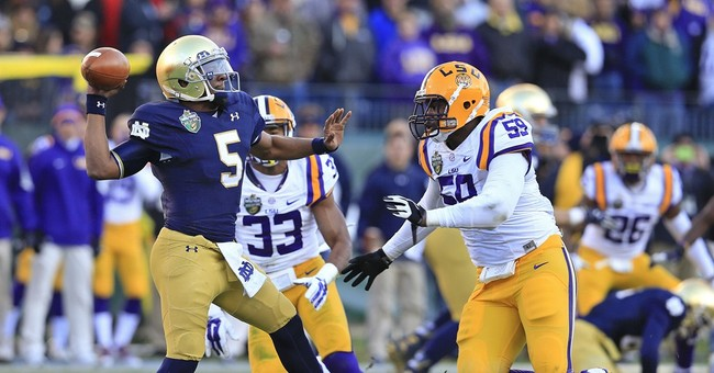 Notre Dame beats No. 22 LSU 31-28 in Music City