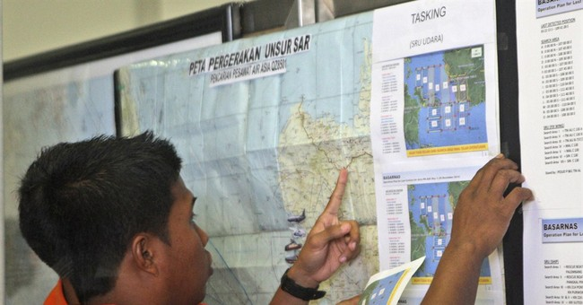 Indonesia: Bodies found near site where plane disappeared