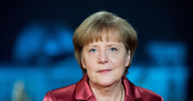 Merkel tells Germans not to attend anti-Islam rallies