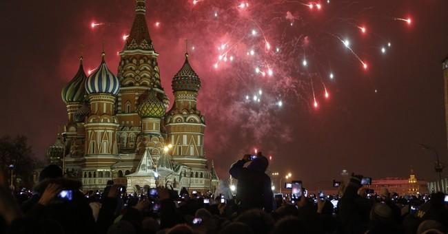 2015 begins: Shanghai tragedy, fireworks elsewhere