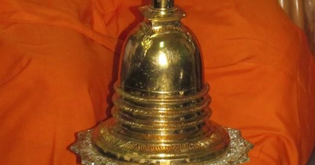 Cambodia recovers stolen Buddhist relics