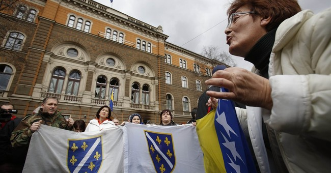 Bosnian protesters accuse police of brutality