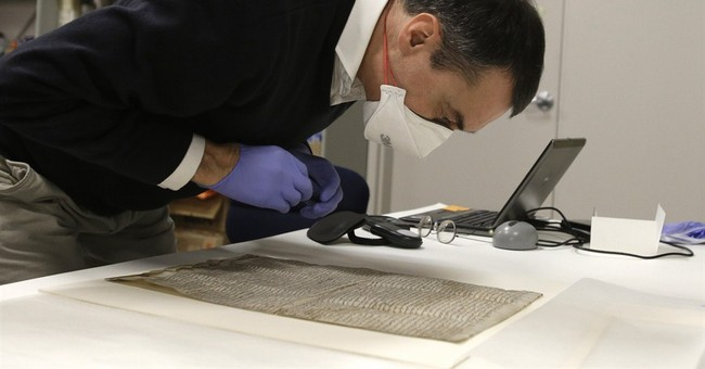 Magna Carta copy arrives in Houston for exhibit