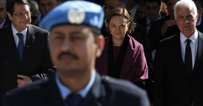 Rival Cyprus leaders resume peace talks