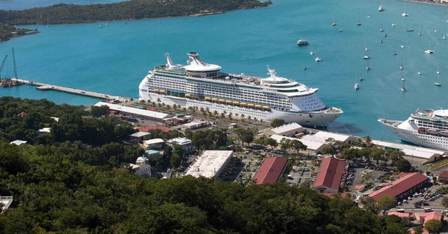 Report: Caribbean tourists spent more money in '13