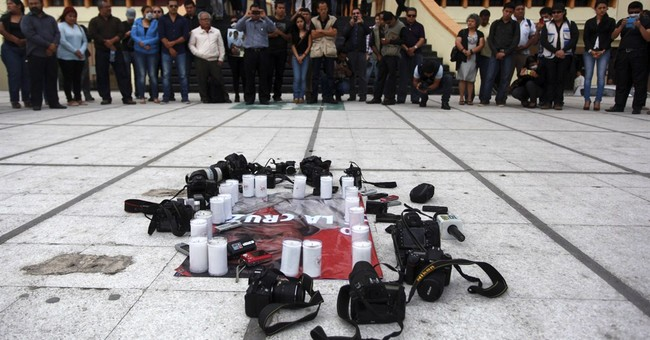 Few believe account of Mexican reporter's slaying