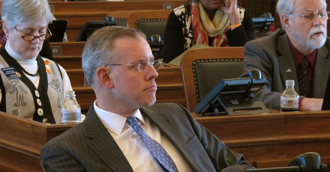 Anti-gay marriage bill wins Kan. House's approval