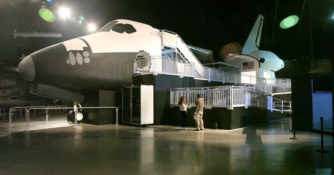 Air Force museum in Ohio to open shuttle exhibit