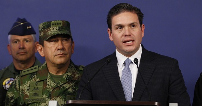 Colombia's military chief fired in scandal