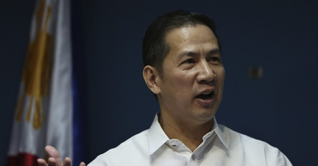 Philippines protests Chinese use of water cannon