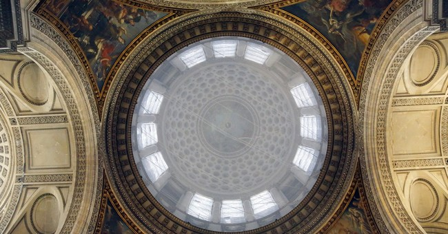 France's Pantheon opens to all (selfies welcome)
