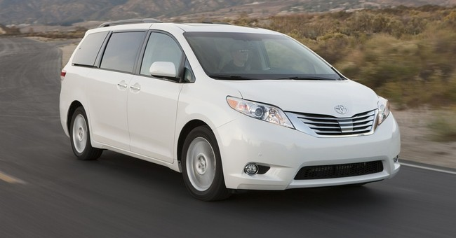 Toyota Sienna: Roomy family vehicle