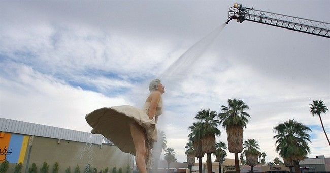 Huge Marilyn Monroe statue to leave California