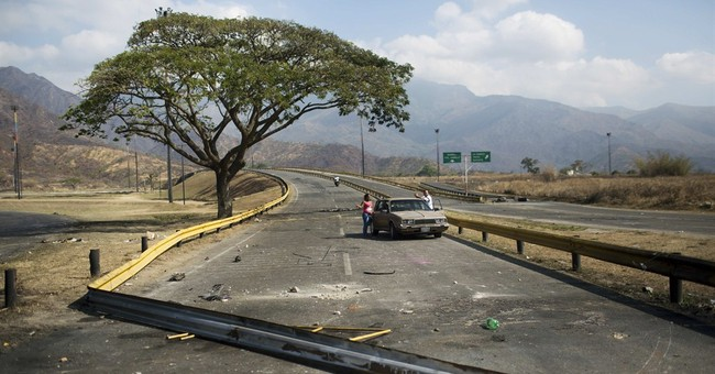 Venezuelan protests persist at start of holiday