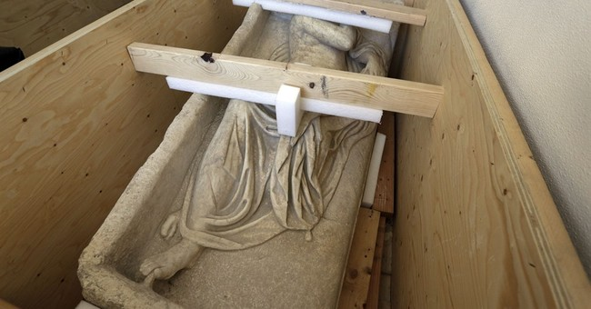 Feds seize ancient Roman sarcophagus lid in NYC