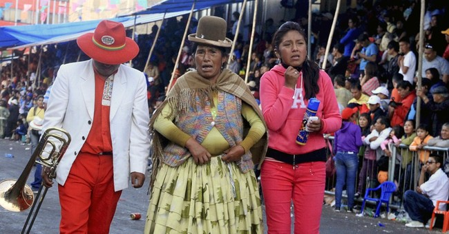 3 musicians crushed in Bolivian Carnival parade