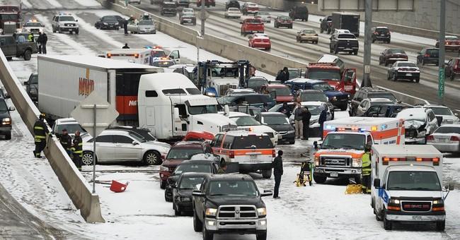 1 killed, 30 injured in massive Colorado pileup