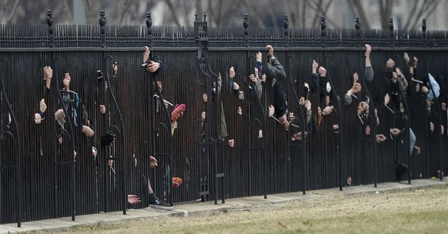 Pipeline protesters arrested at White House