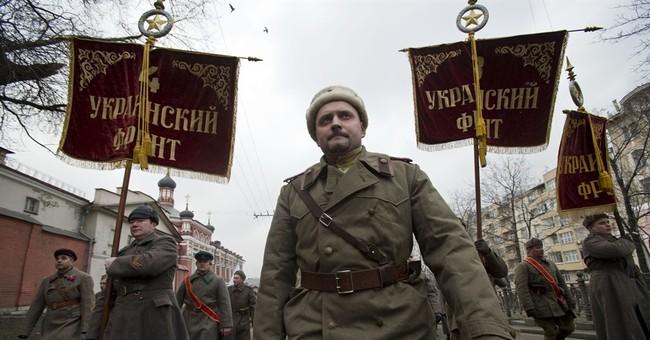 World scrambles as Russia tightens grip on Crimea